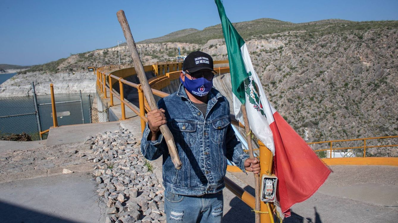 Nuez, agua y bala en Chihuahua