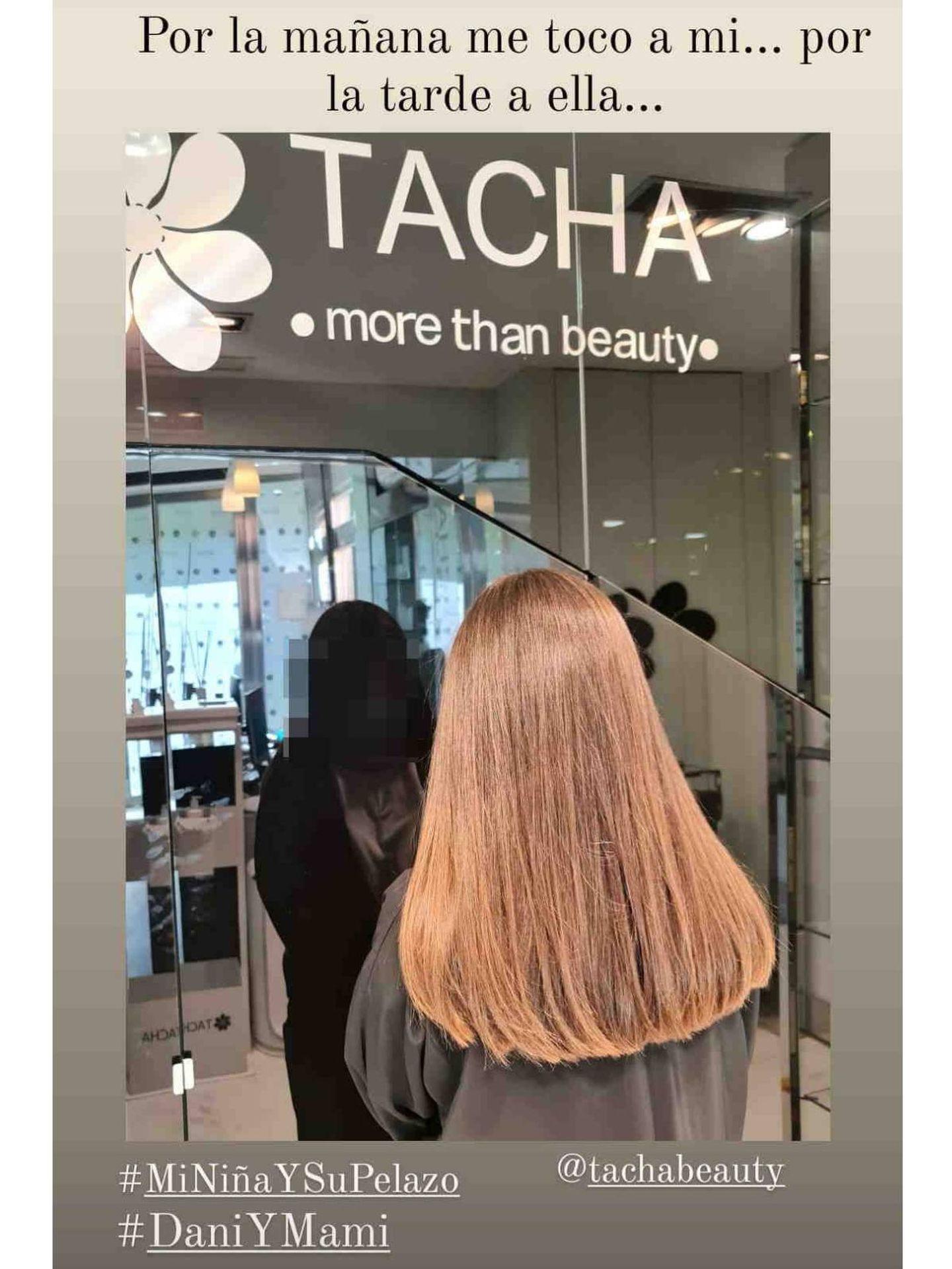 Daniella Bustamante, a la salida de Tacha Beauty. (Instagram @pau_eche)