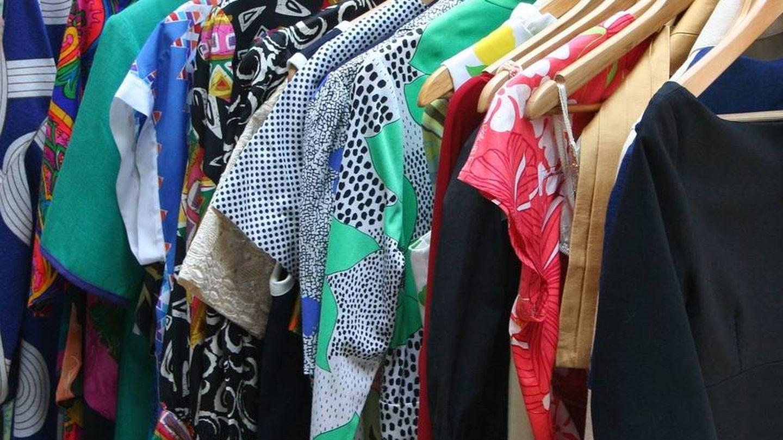 Vestidos colgados | pixabay