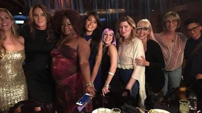 Foto: Jenner (segunda por la izquierda) junto a unas amigas