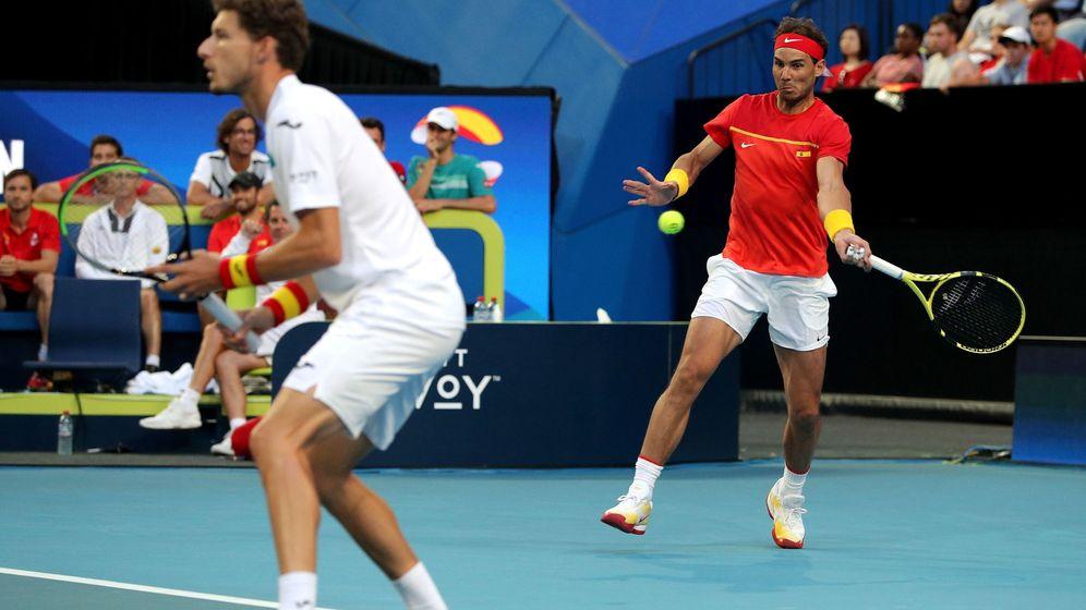Foto: Rafa Nadal y Pablo Carreño, durante la ATP Cup. (EFE)