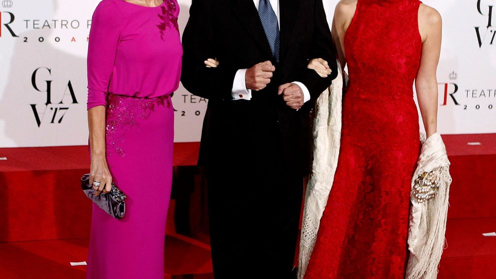 Isabel Preysler, Tamara Falcó y la camisa rosa de Zara que compartirían