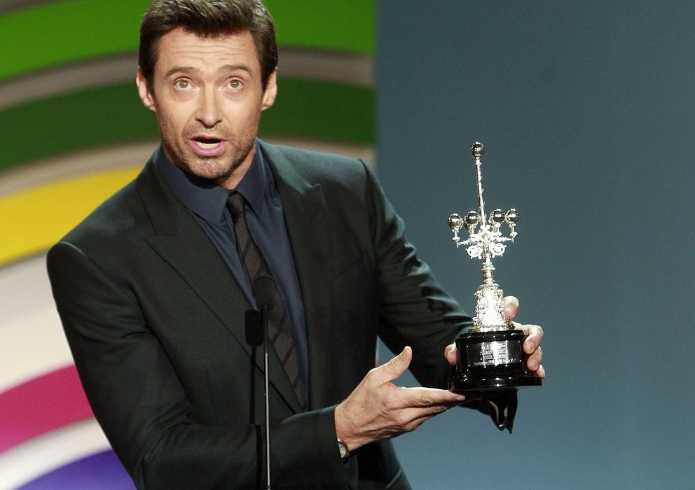 Foto: El actor australiano Hugh Jackman tras recibir hoy el Premio Donostia, en el Festival de San Sebastián. (Efe)