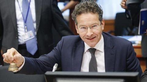 El Eurogrupo decide si abre el grifo del rescate a Grecia tras las reformas