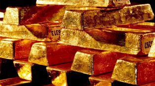 """Rumores de """"furia y fuego"""" mientras el oro sube"""