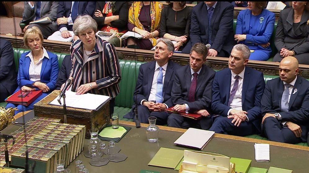 Foto: La primera ministra británica, Theresa May, durante su comparecencia en la Cámara de los Comunes, en Londres. (Reuters)