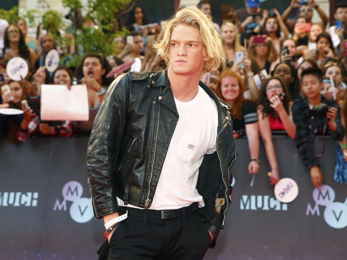Foto: Cody Simpson, del pop a la piscina. (Reuters)