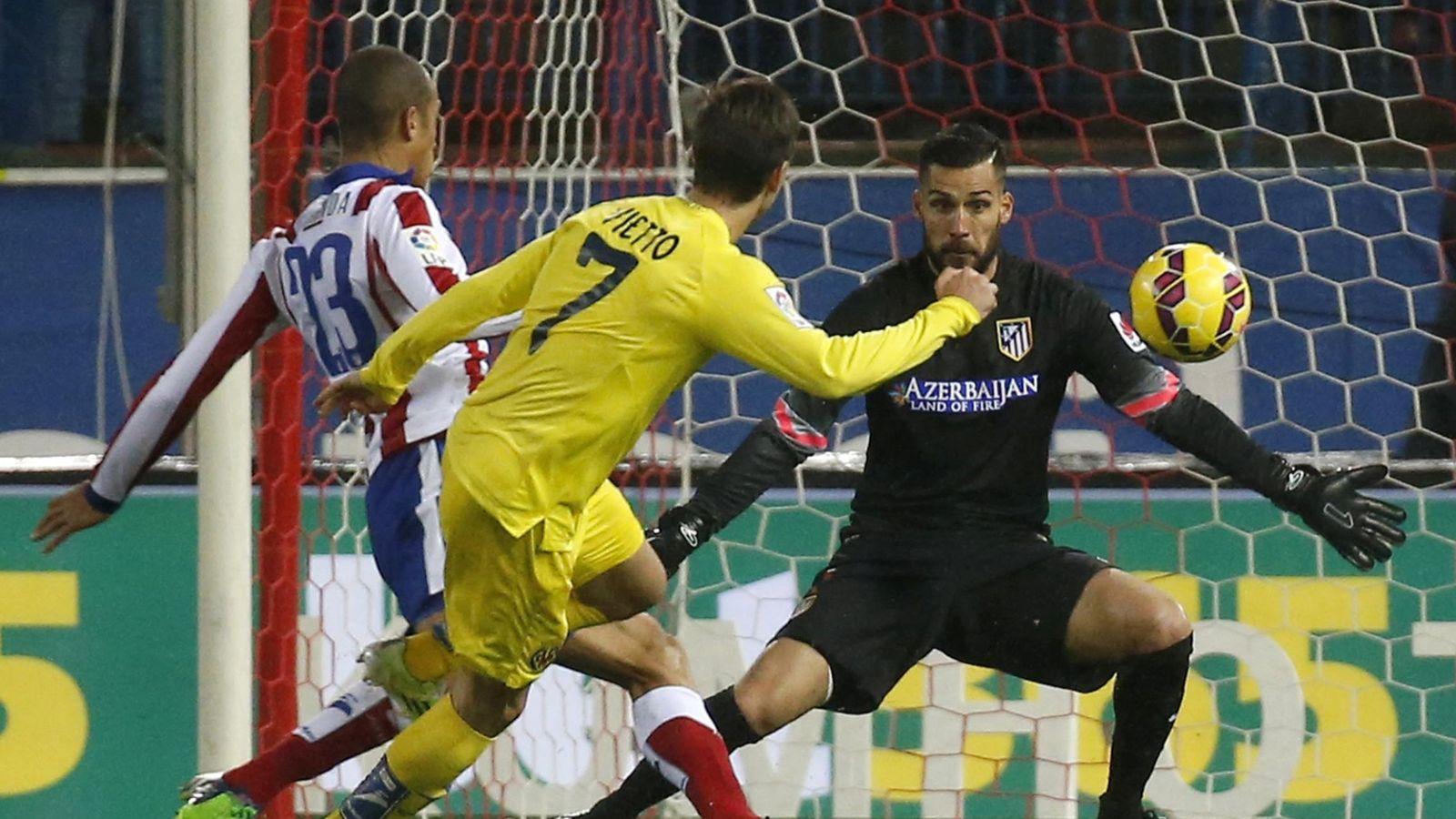 Foto: Vietto, ante el Atlético de Madrid (Efe)