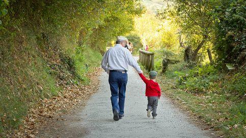 Ni las empresas ni el Gobierno, quien nos está sacando adelante son los abuelos
