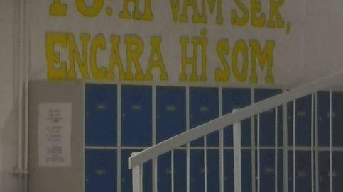 Pancartas pro 1-O en institutos: vuelve la guerra contra el adoctrinamiento escolar