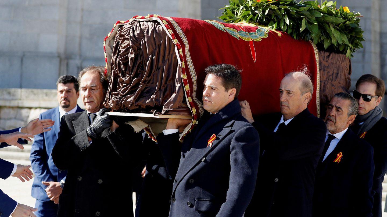 Exhumación de los restos de Franco. (Reuters)