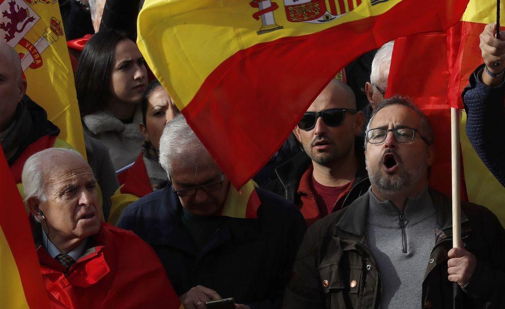 Foto: Manifestación en Colón para defender la nación española. (EFE)