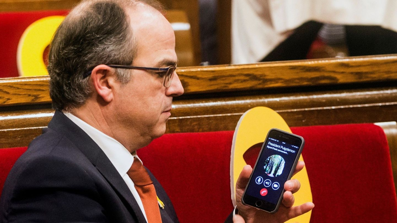 Jordi Turull conectó por teléfono con Carles Puigdemont. (EFE)