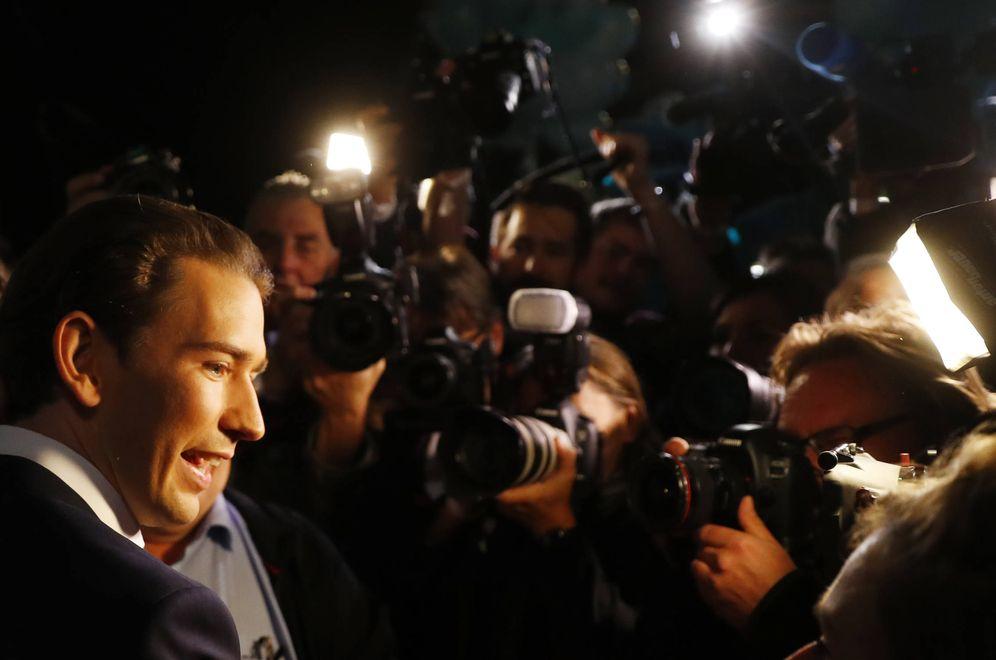 Foto: El candidato del Partido Popular, Sebastian Kurz, a su llegada a un debate en Viena, el 12 de octubre de 2017. (Reuters)