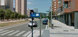 Post de Vitoria elimina al rey emérito del callejero y cambia el nombre a calle Juan Carlos I