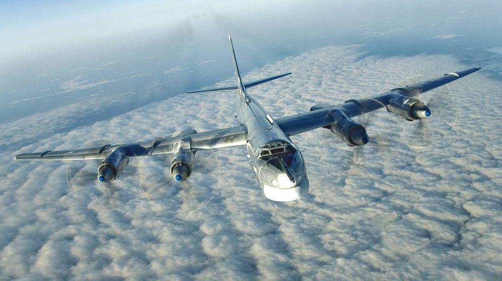 Foto: Un Tu-95 en pleno vuelo.