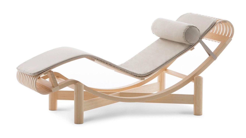 Foto: La chaise longue de bambú con tapicería especial para exterior.