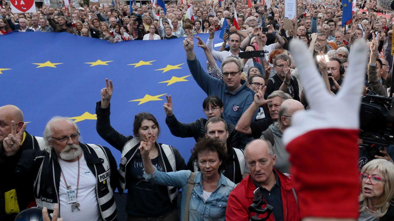 Foto: Protesta contra la politización de la Justicia en Polonia. (EFE)