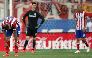 El Atlético, resignado a tener que recomponer su 'cerrojo' defensivo