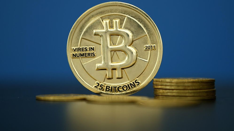 Foto: Recreación de bitcoins. (Reuters)