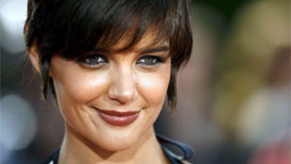 Katie Holmes se convierte en Jacqueline, la mujer de John. F. Kennedy