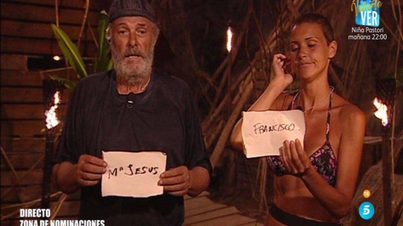 Francisco y María Jesús nominando en 'Supervivientes'. (Telecinco)