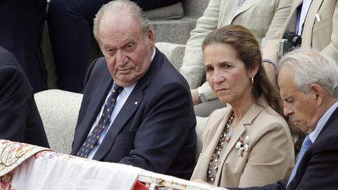 El Rey y la infanta Elena se van a los toros con Obregón, Michavila y Ortega Cano
