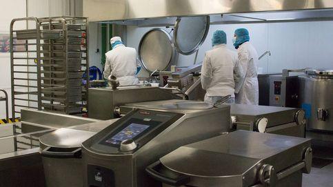 Así es como cocinan en frío la comida que se sirve en hospitales y colegios