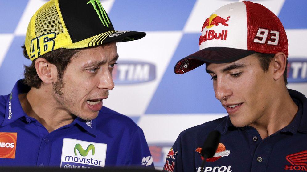 Foto: Rossi y Márquez en Misano la temporada pasada (Reuters)