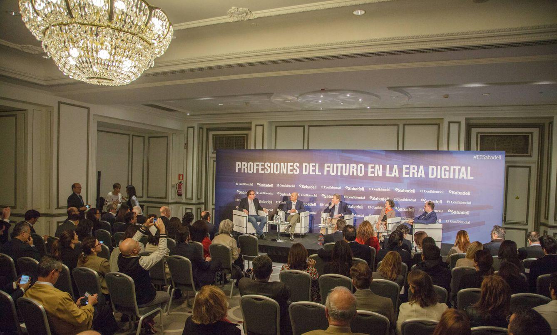 Foto: 'Profesiones del futuro en la era digital', evento organizado por El Confidencial y Banco Sabadell. (Fotos: Francisco Albilares)
