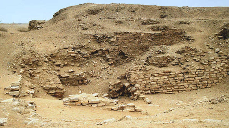 La enigmática 'pirámide sepultada', el hallazgo que 'mató' a su descubridor