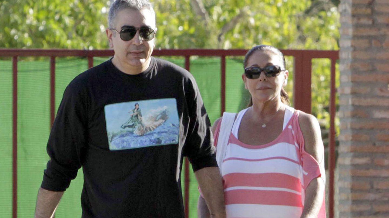 Agustín Pantoja, junto a su hermana Isabel. (Imagen de archivo)