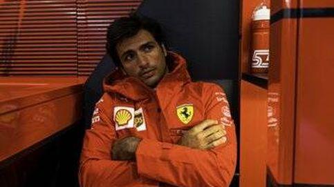 Cuando Carlos Sainz  acaba rascándose la cabeza, y con Charles Leclerc estampado