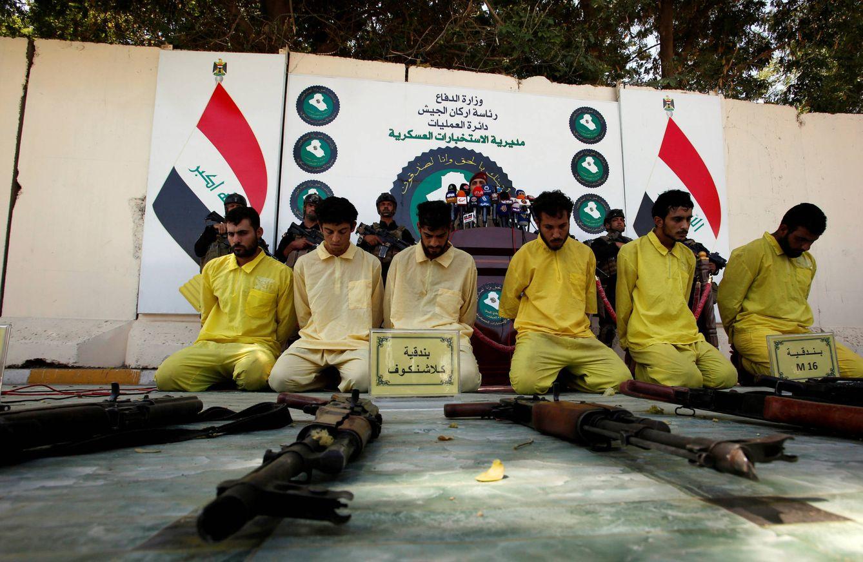 Foto: Militantes del Estado Islámico, arrestados por tropas iraquíes, son exhibidos ante los medios en Bagdad, el 7 de septiembre de 2016. (Reuters)