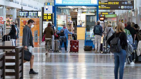 Sequía de turistas extranjeros en los aeropuertos españoles: caen un 80% hasta julio