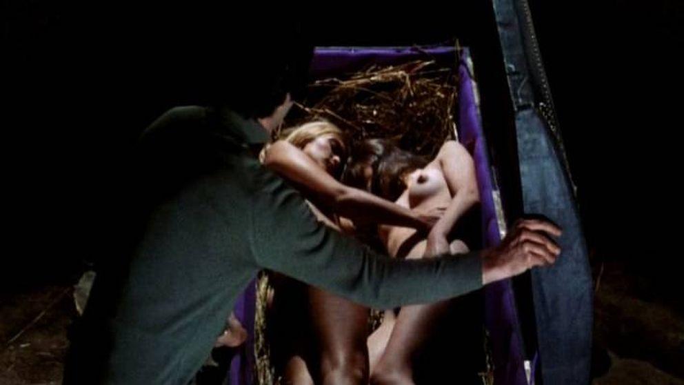 'Sesión salvaje': tetas, sangre y terror para hacer madurar a una España triste