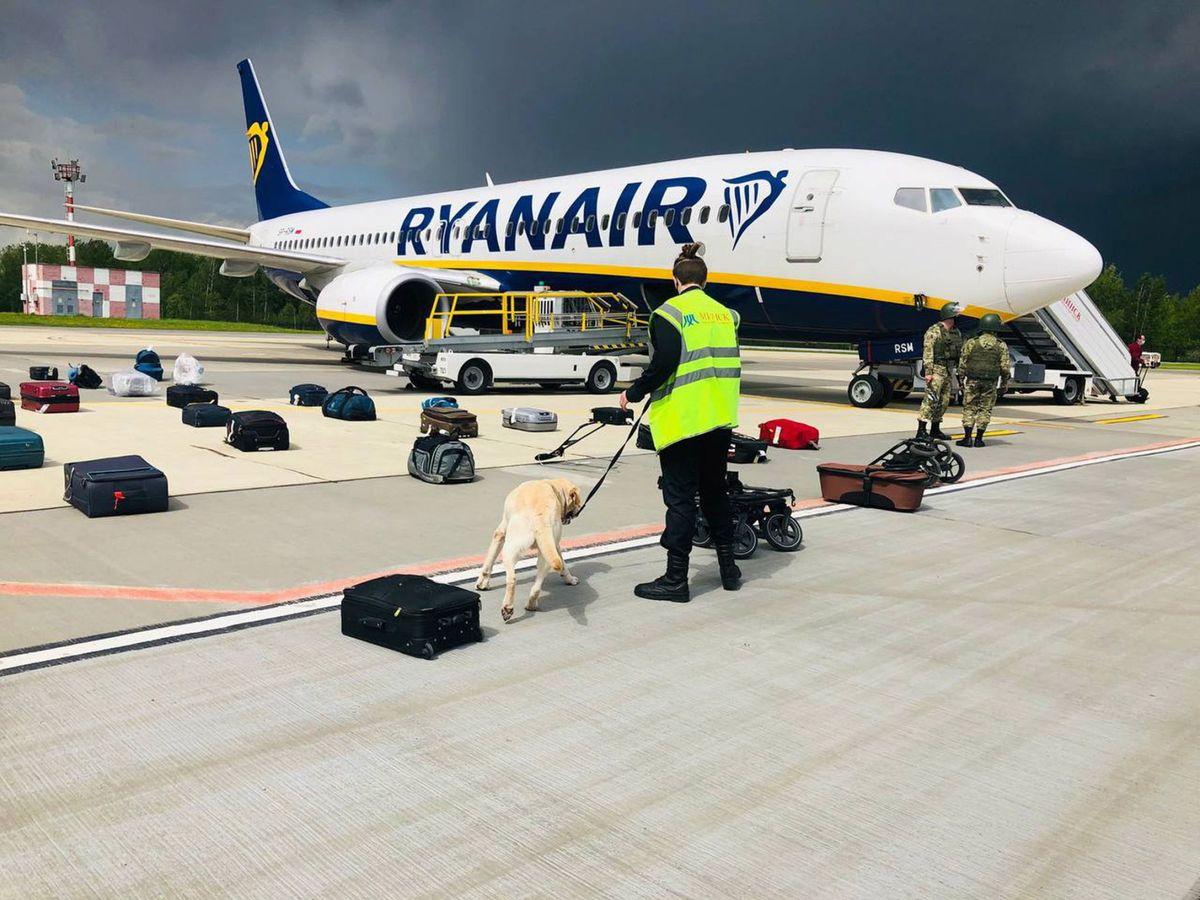Foto: Vuelo de Ryanair que llevaba al periodista opositor bielorruso. (Reuters)