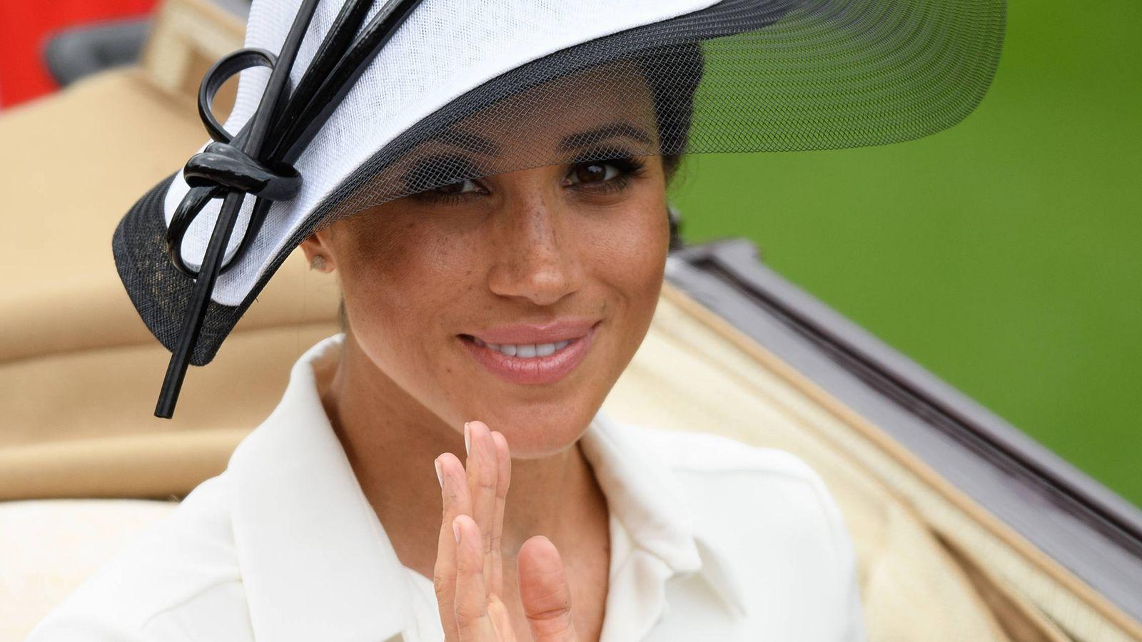 Foto: La duquesa Meghan en las carreras de Ascot. (Getty)