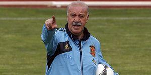 Del Bosque cita a Monreal y deja fuera a Xavi, Negredo y a los tres olímpicos