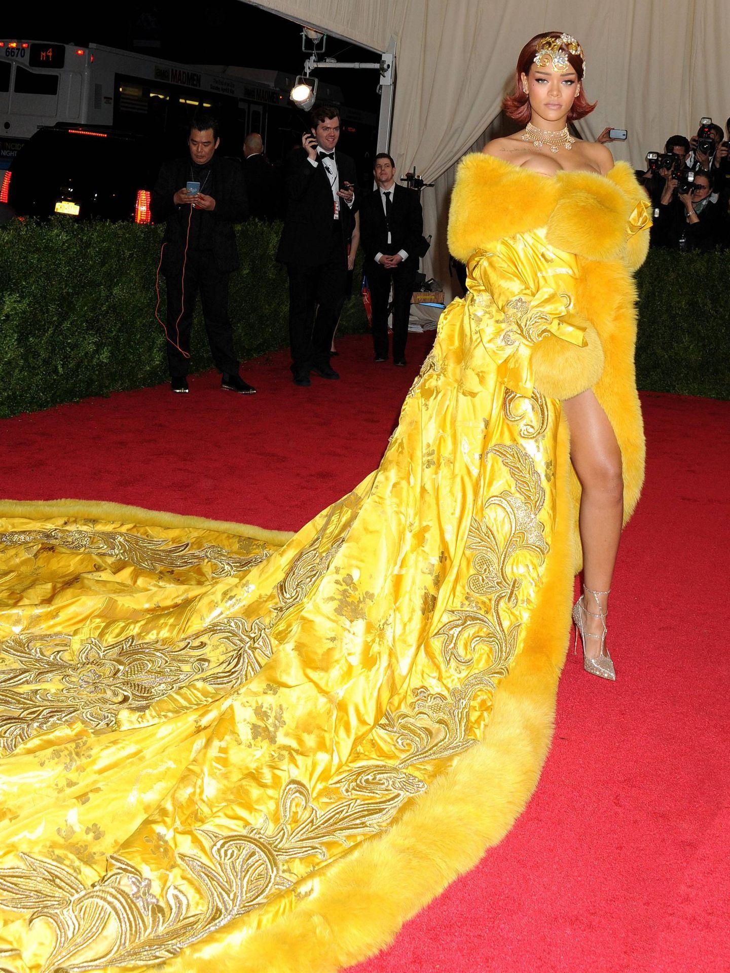 Rihanna, exagerada y soberbia.