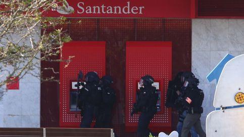 En busca de los autores del robo en una sucursal del Banco Santander en Irún