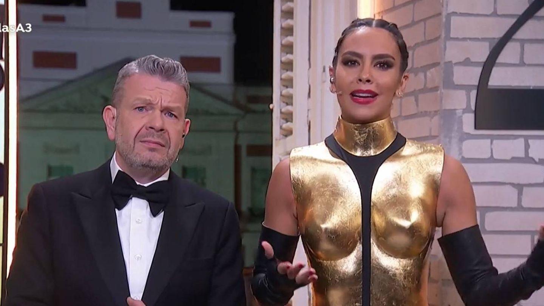 Pedroche con su traje de 2019. En las campanadas para Canarias utilizó otro. (Atresmedia)