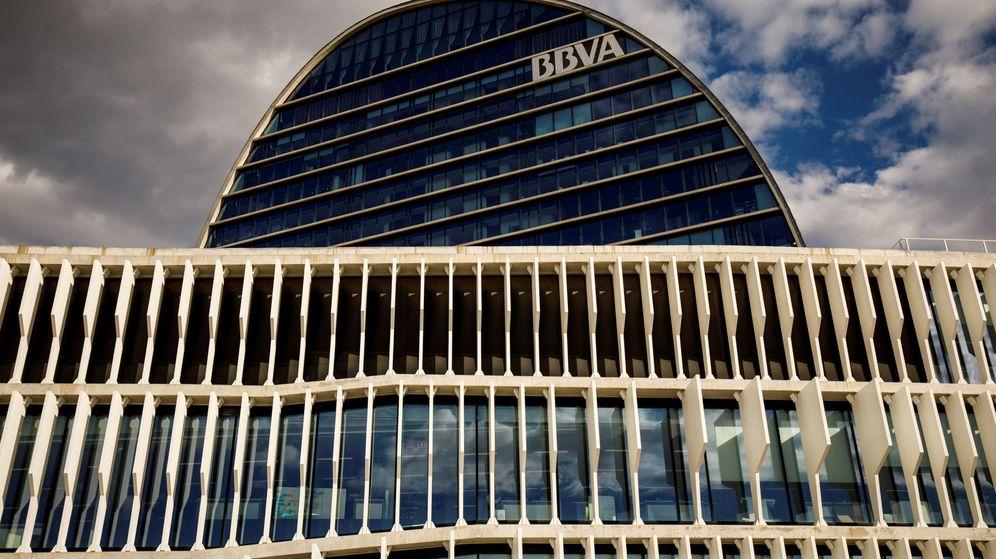 Foto: Imagen de archivo de la sede central del BBVA en Madrid. (Reuters)
