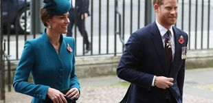 Post de Kate Middleton y Harry se ven las caras en solitario en plena guerra de cuñados