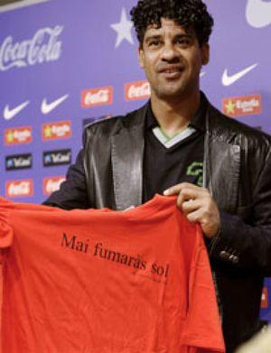 Rijkaard da las gracias con un: 'Nunca fumarás sólo'