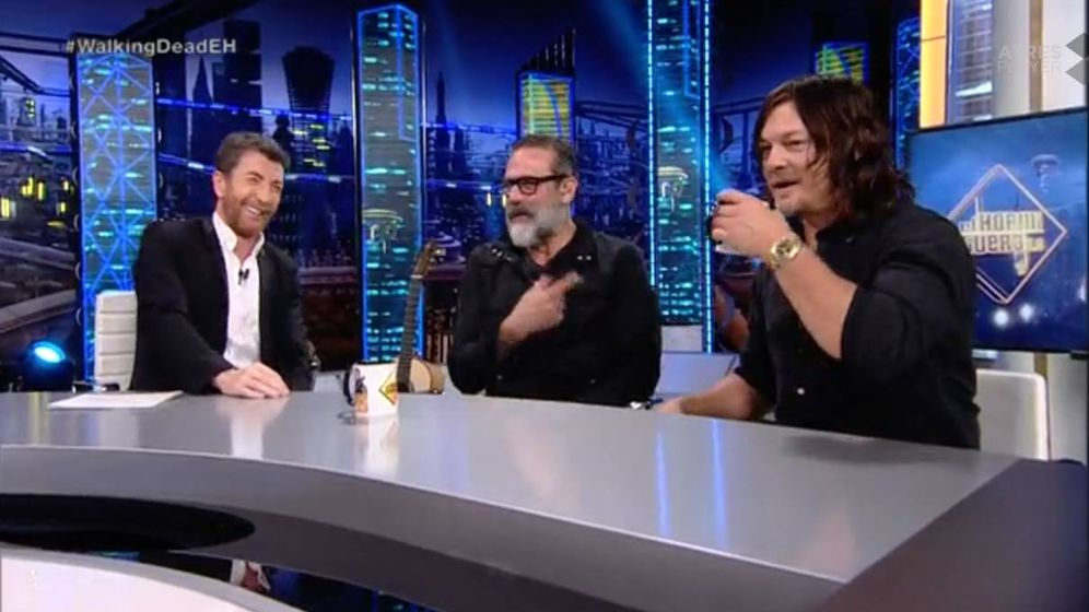 Foto: Pablo Motos junto a los actores de 'The Walking Dead'.