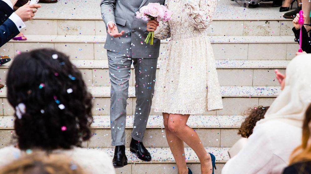 Foto: Una boda es genial, pero a veces se nos complica la parte de los regalos... (Unsplash)