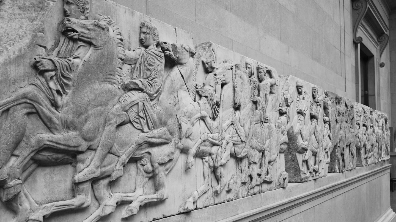 Parte del friso del Partenón expuesto en el Museo Británico. (Reuters)