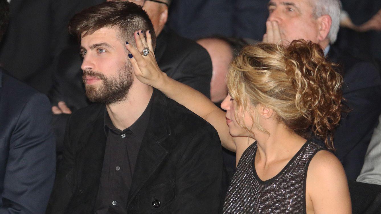 Foto: Shakira, el mejor apoyo de Gerard Piqué al recoger el premio a deportista catalán del año