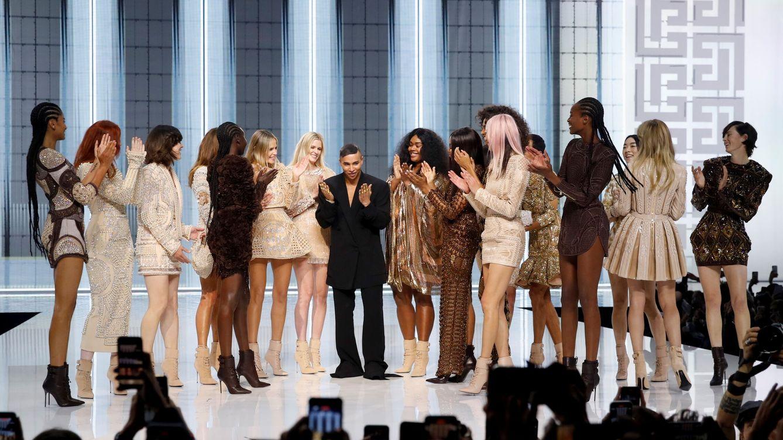 Bruni, Campbell, Vodianova y Jovovich, en la revolución Rousteing de Balmain